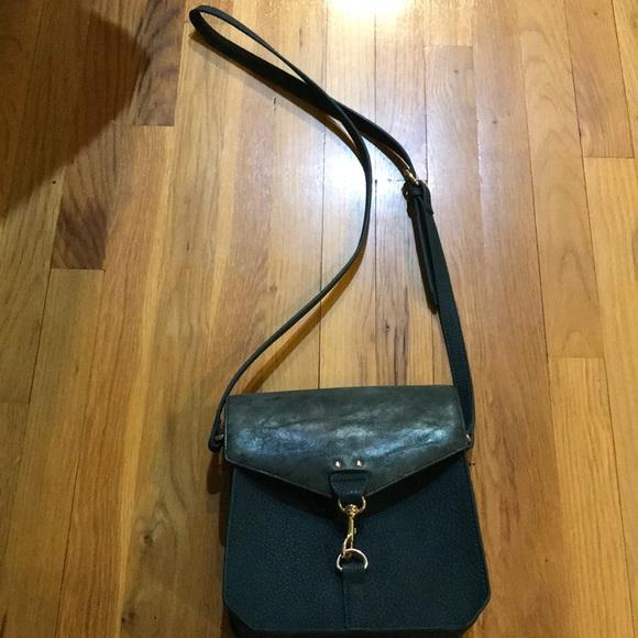 Steve Madden Handbags - Steve Madden Turquoise Purse